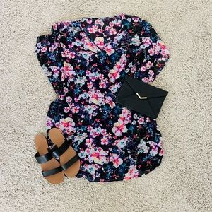 Express Flutter Sleeve Dress Size Medium